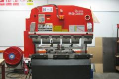 AMADA-BENDING-MACHINE-1