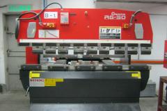 AMADA-BENDING-MACHINE-2